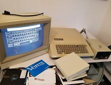 Vintage Early Apple IIe Computer  +software. Serial #820-0064-B 1982 607-0164