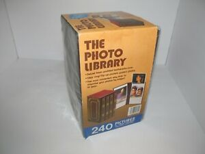 Vintage The Photo Library Picture Album 4 Books in Case Holds 240 Photos