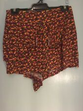 Tigerlilly flowered shorts in size 10