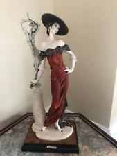 Giuseppe Armani - Fascination, Lady with Sculpture, mint in box, Lt Ed 0192C Coa