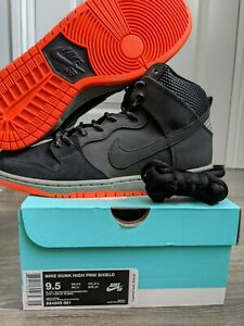 Nike Dunk High PRM Shield - *dead stock* Size 9.5