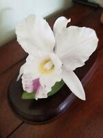 HOMCO Home Interiors  Masterpiece Porcelain Bone china flower figurine