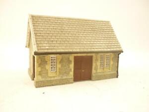 HORNBY SKALEDALE 00 gauge EAST STATION SMALL BUILDING - R8798,                 m