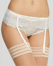 Wacoal Embrace Lace Suspender Belt Size Small In White & Silver 848291 RRP £28