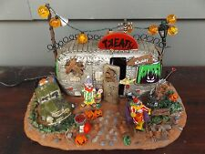 Spooky Town Lemax Halloween~Killer Clown Mobile Home~Light/Sound Building MIB