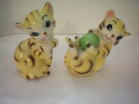 Vintage Cat Kitten Pepper Salt Shaker Collectible Made in Japan