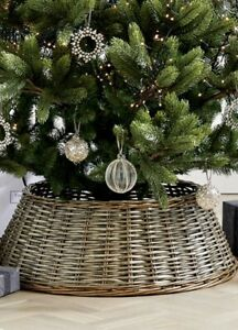 NWT White Company Wicker Christmas Tree Skirt ( New Unused)