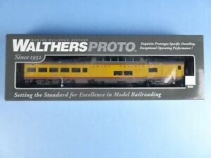 WALTHERS PROTO 85' ACF Observation Dome Lounge Union Pacific 920-9216 NEW. B8