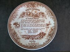 "South Dakota Souvenir Plate Badlands Buffalo Prairie Dog Mt. Rushmore 9 1/4"""