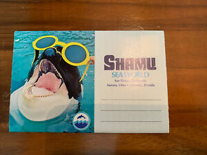 Vintage SHAMU Fold-out Postcard Booklet - Sea World - from 1970's