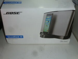 BOSE SoundDock III System Speaker iPod iPhone Docl & Charge Lighting Bose NEW