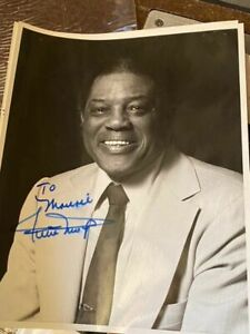 RARE WILLIE MAYS SIGNED AUTOGRAPHED 8X10 PHOTO IN A SUIT PERSONALIZED L@@K
