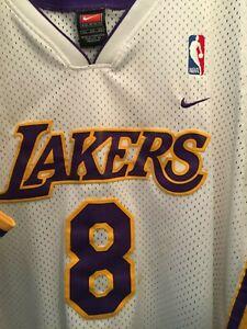 2001 Vintage Kobe Bryant Retro Nike White Lakers Swingman Jersey 8 24