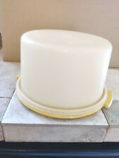 "Tupperware 10"" Cake Storage Harvest Gold/White 684"