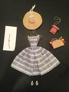 Vintage Barbie Suburban Shopper Outfit #969 Complete