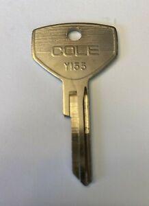 Chrysler Y153 Car Key Blank