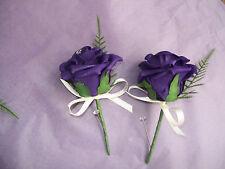 singel cadbury purple Buttonhole