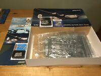 EDUARD MODEL KIT B-24 LIBERATOR & EXTRA'S SCALE 1/72
