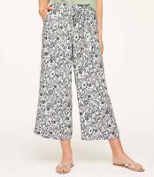 $70 NWT Loft Womens Flowy Tie Waist Floral Print Crop Pants Wide Leg Blue Sz 4P