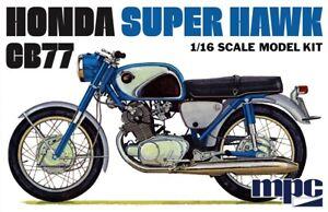 Honda Super Hawk Motorcycle 1/16 MPC Models 898 Plastic Model Kit