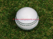 1 X WHITE Small Cricket TOY BALL for  KIDS BY OSA + AU STOCK