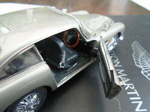 James Bonds Aston Martin DB5 by Danbury Mint 1:24 Scale