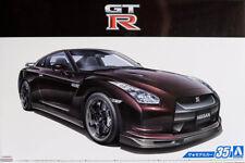 2009 Nissan GT-R R35 Spec V in 1:24 Model Kit Bausatz Aoshima 053171