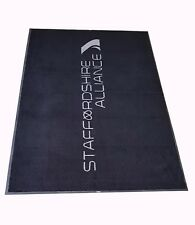 Oversize 8.25 FT (environ 2.51 m) x 4.83 FT (environ 1.47 m) Logo Saleté Trapper Tapis de sol Atelier Dog Kennel stable