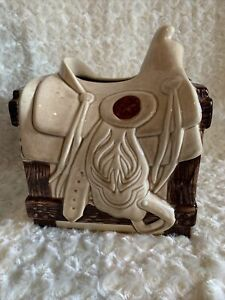 Western Horse Saddle Tissue Box holder Ceramic Equestrian Stable EUC Cowboy Deci