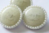 Chanel Vintage  Buttons 3 pieces color white &  Pearl's 💋💋💋💋25 mm XL
