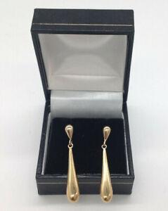 A Pair of 375 9ct Gold Long Teardrop Earrings (RA160J)