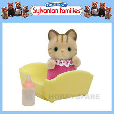 NEW SYLVANIAN FAMILIES STRIPED CAT BABY with CRIB & BOTTLE 5186