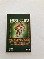 1981-82 MILWAUKEE BUCKS BASKETBALL POCKET SCHEDULE
