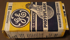 VINTAGE Box of 8 GE Photoflash #11 Flash Bulb Lamps General Electric