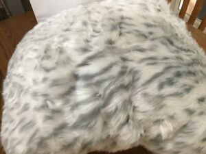 Pottery Barn Teen Gray Leopard faux fur  bean bag cover Large/open box/so soft
