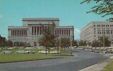 "*Wisconsin Postcard-""Mac Arthur Square"" (Court House/Safety Bldg./ *Milwaukee-"