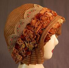 Vintage Art Deco Woven Ecru Beige Flapper Cloche Hat Lace Velvet Flower Applique