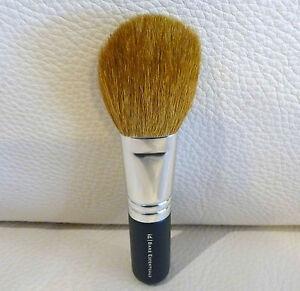 1x BARE ESCENTUALS bare Minerals Flawless Application Face Brush, Brand NEW!