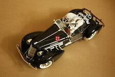 1/18 1935 AUBURN 851 Speedster Warner Brothers WB Commemorative Edition