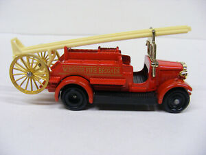 Lledo Days Gone DG10 DG12 Dennis Windsor Fire Brigade Red