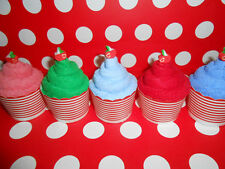 Party favors : 12 pieces Cupcake Towels