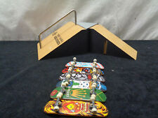 Tony Hawk Foundation Finger Skate Park And 6 Tech Decks (OAR19)