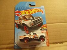 HOT WHEELS 2018 275/365 '87 DODGE D100 NEW ON LONG CARD
