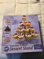 NEW WILTON CUPCAKES 'N MORE DESSERT STAND 23 CUPCAKES HOLDER DISPLAY CAKE PIECE