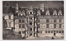 blois , le château , escalier françois 1er---