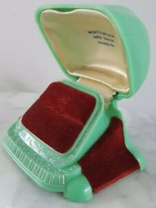 Vintage Art Deco Green Celluloid Plastic and Velvet Ring Box Very Nice