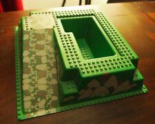 Lego : plaque verte 3D de construction, pour chateau de chevalier