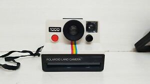 POLAROID LAND CAMERA 1000 FOTOCAMERA ISTANTANEA VINTAGE TASTO ROSSO FILM SX-70