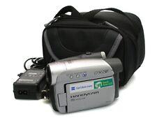 Sony DCR-HC27E Cámara Videocámara Mini Dv Con Estuche Y Cargador. totalmente Funcional V