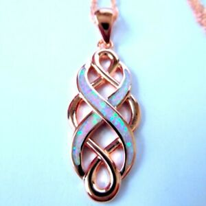(RGP 1) STUNNING UNUSUAL WHITE FIRE OPAL/ROSE GOLD PLATED PENDANT + CHAIN